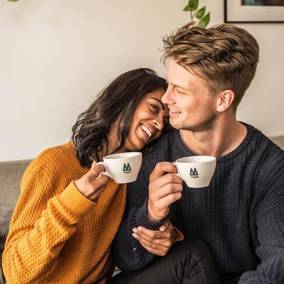 Koffie abonnement - koffieabonnement - koffie abonnementen - Koffiemachine abonnement - Koffiezetapparaat abonnement - Espressomachine abonnement - Volautomaat abonnement - Bonenmachine abonnement - Matthijs en Naomi